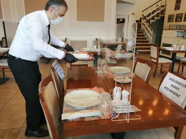 Restoranlara koronavirüs paravanı