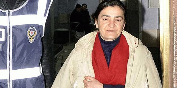 Soylu'dan Müyesser Yıldız'a: ''Bir PKK bir sen üzülmüşsün!!''