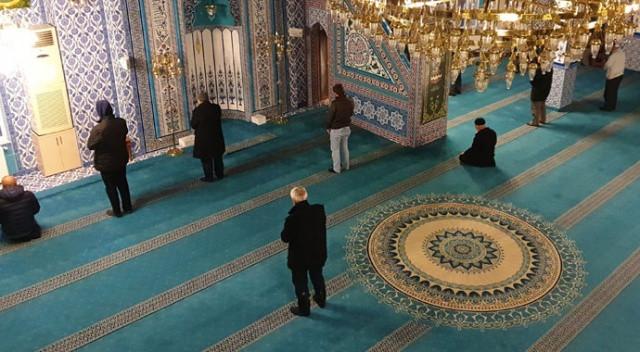 Yeniden ibadete açılacak camilerde alınacak tedbirler belli oldu