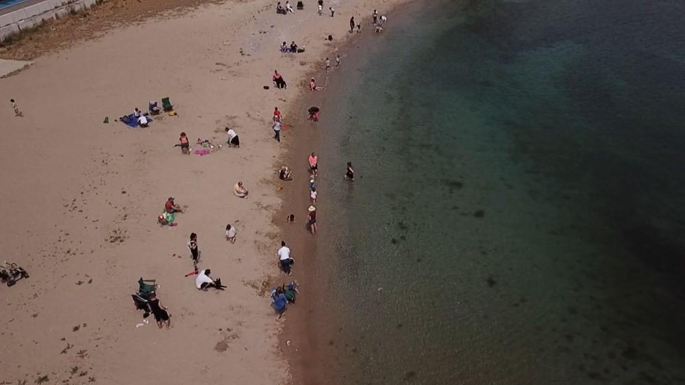 İstanbul'da yasağa rağmen denize girdiler
