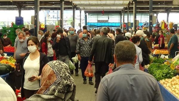 Halk pazarında sosyal mesafe hiçe sayıldı!