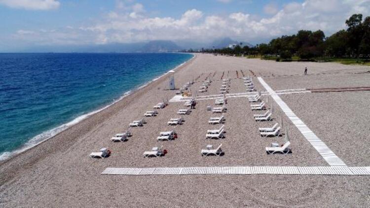 Konyaaltı Sahili yeni döneme hazır! Plajlar böyle olacak