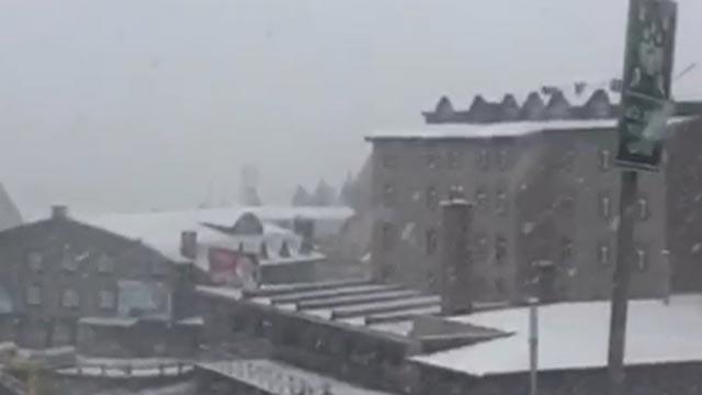 Mayıs ayının son günlerinde Uludağ'a kar yağdı