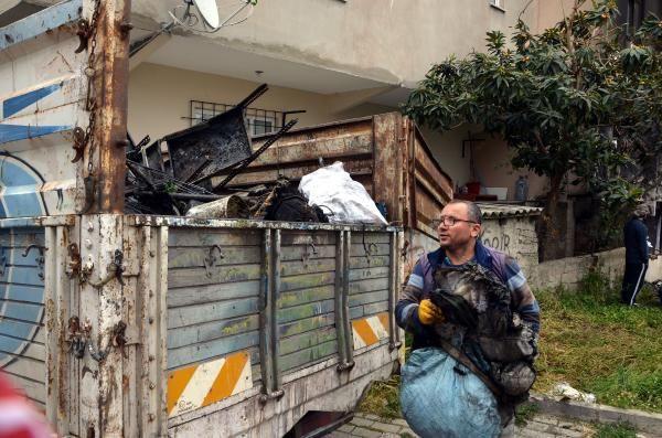 İstanbul'da dehşete düşüren anlar! Canlarını zor kurtardılar