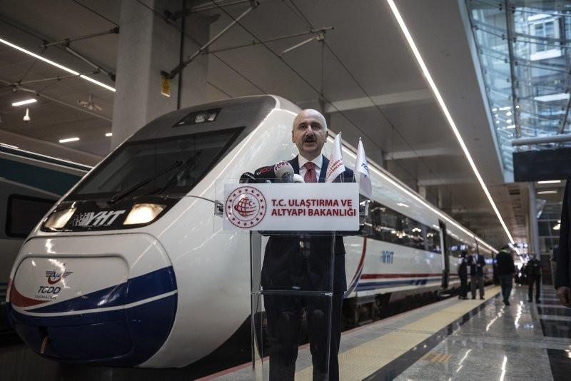Ankara'dan yola çıkan ilk tren İstanbul'a ulaştı - Resim: 1