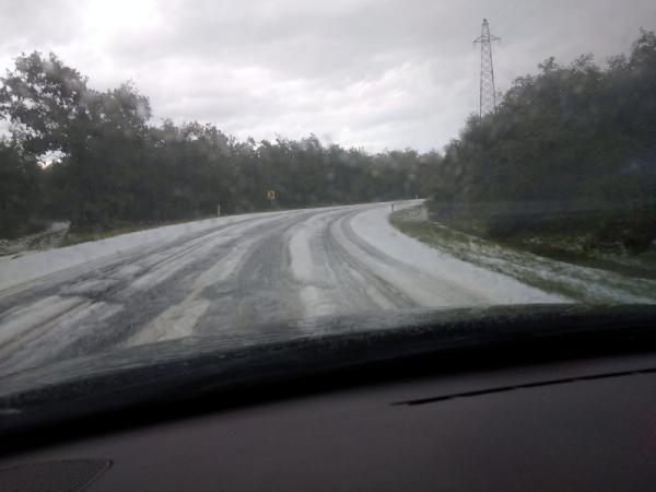 İstanbul'da bugün... Yollar beyaza büründü!