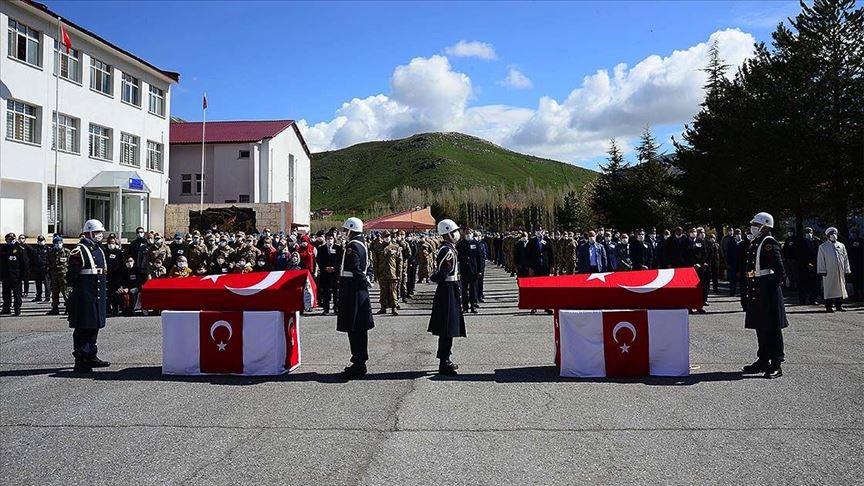 Bitlis şehitleri sonsuluğa uğurlandı