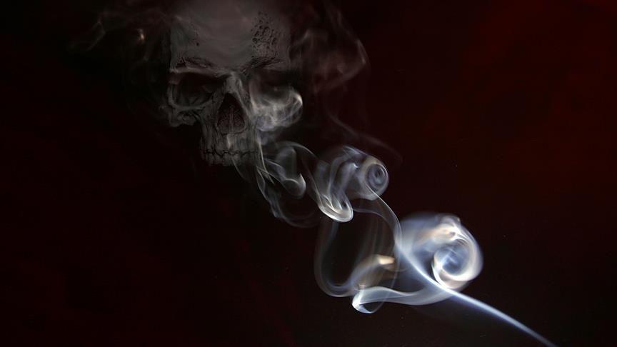 Sigara dumanı 2 metreden virüs getirebilir