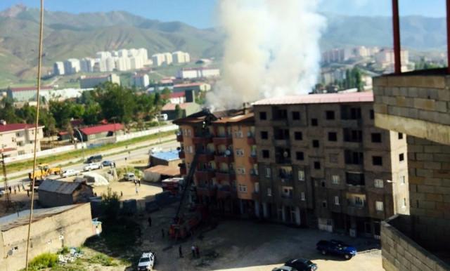 Hakkari'de yangın paniği