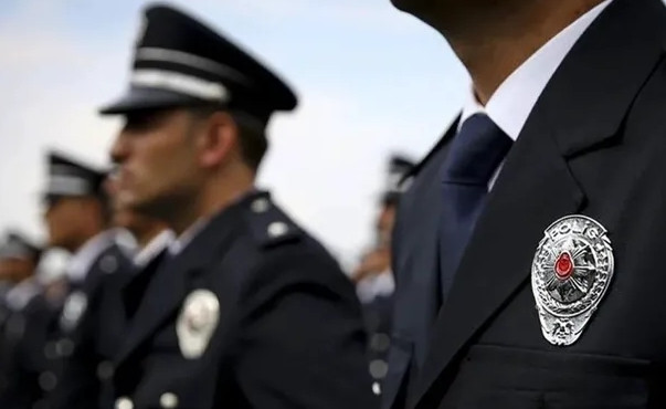 Polis okullarında eğitimler 1 ay daha durduruldu!