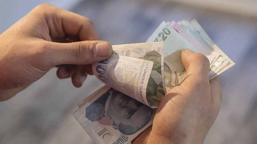 Kısa çalışma ödenekleri hesaplara yatıyor! Peki kim ne kadar alacak ?