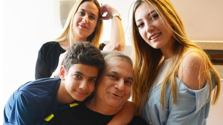 Mehmet Ali Erbil: Burnumda tütüyorlar