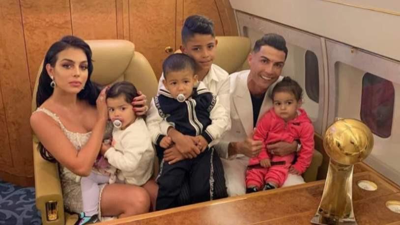 Kendi adasında mahsur kalan Ronaldo İtalya'ya dönebildi