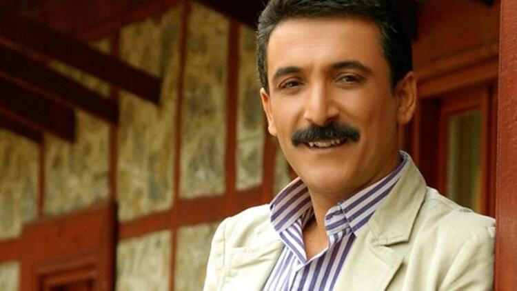 Ünlü türkücü Nihat Hatipoğlu'na bunu sordu