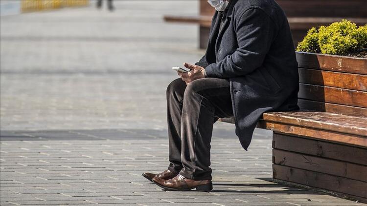 Günler sonra dışarı çıkacak 65 yaş üstü vatandaşlar nelere dikkat etmeli?
