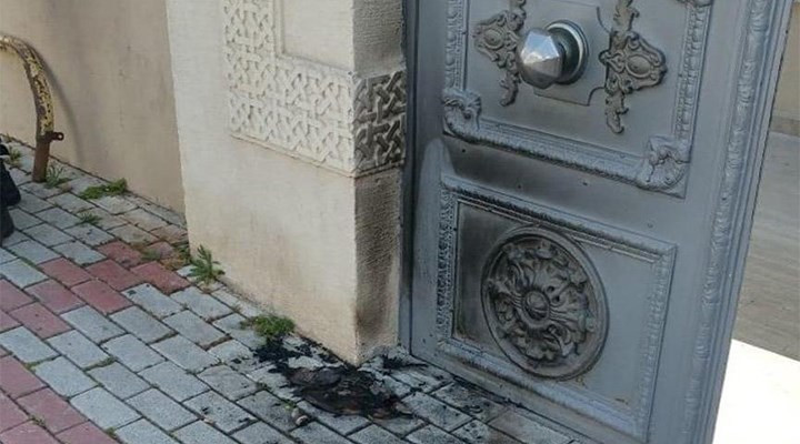 İstanbul'da çirkin saldırı! ''Virüsü bunlar bela etti'' deyip saldırdı!