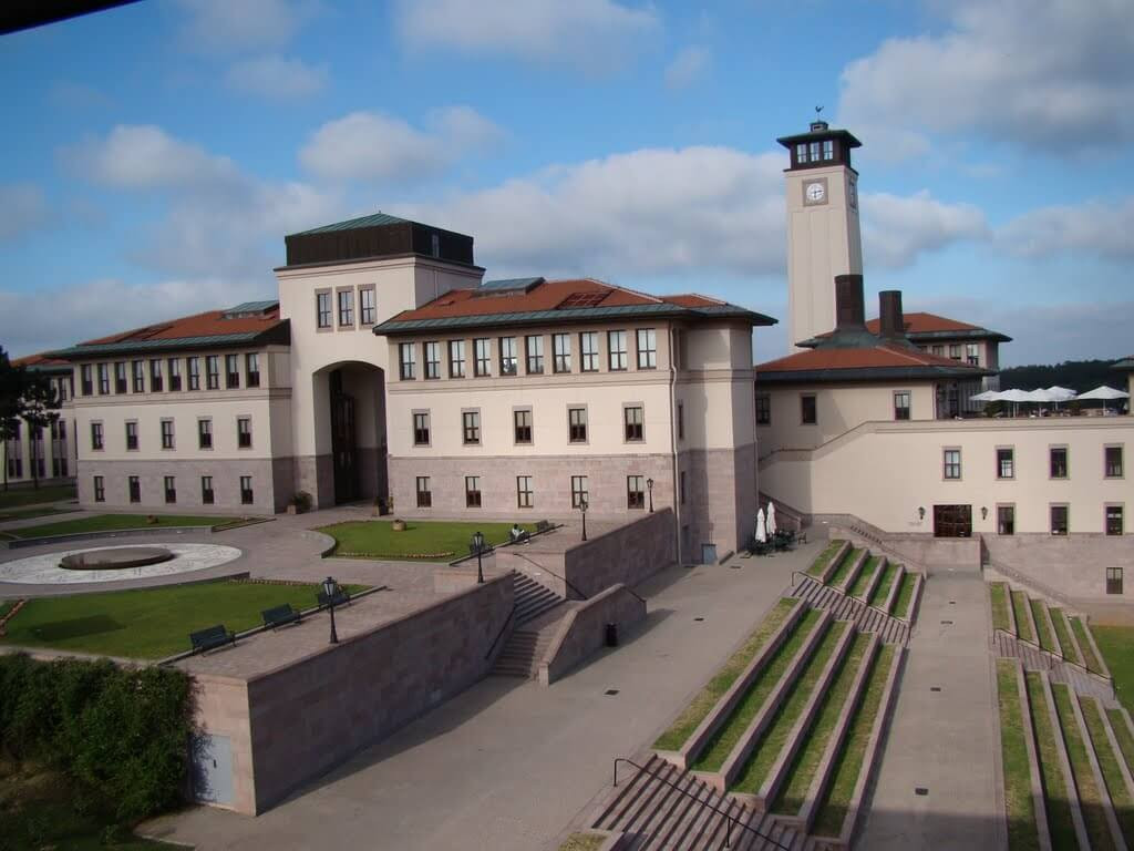 Koç Üniversitesi'ne 2,5 milyon Euro fon desteği