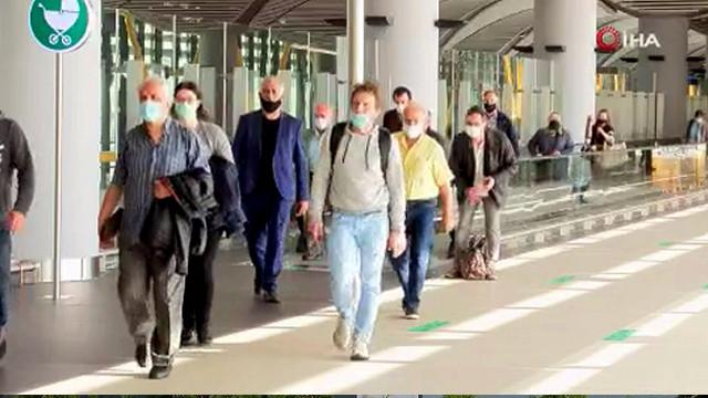 İstanbul Havalimanı'na ilk yolcular indi