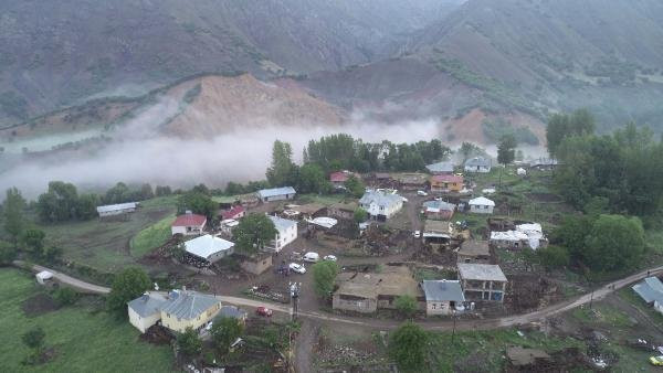 Bingöl'deki yıkım gün ağarınca ortaya çıktı!