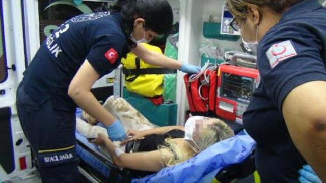 İntihara kalkışan kadını hiç düşünmeden suya atlayıp kurtardı