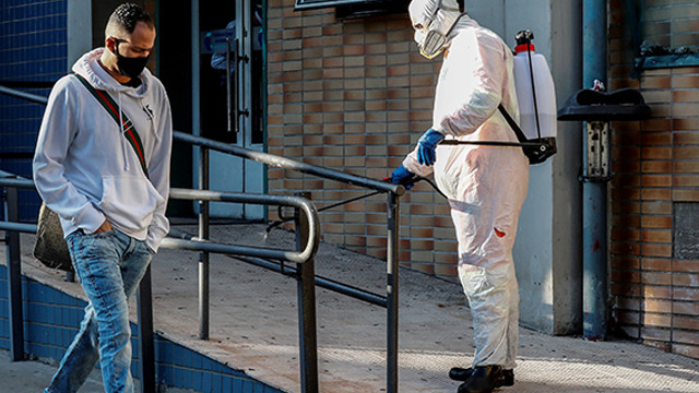 Brezilya'da koronavirüs vaka sayısı 1 milyonu aştı!