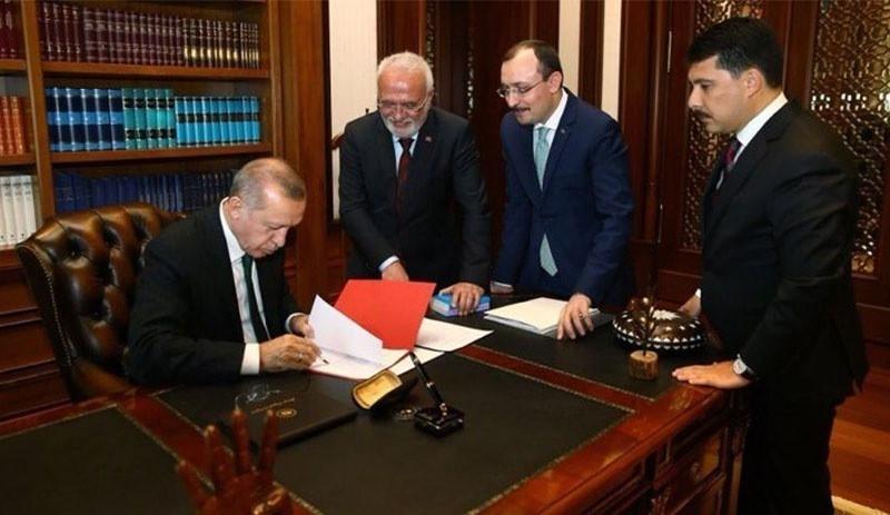 Erdoğan'dan çok sayıda bakanlığa ve üniversiteye yeni atamalar