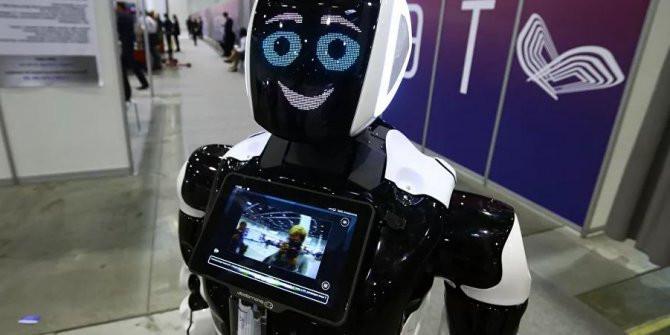 Rus robotlar, Türkiye'de göreve başladı  Kaynak Yeniçağ: Artık sizi onlar k