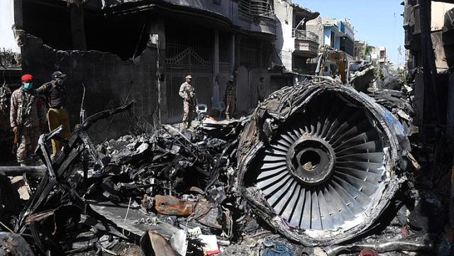 98 kişinin öldüğü uçak kazasından ''koronavirüs'' çıktı!
