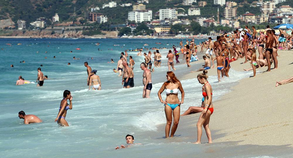 Muğla'nın hafta sonu tatilcileri; sokağa çıkma yasağından muaf!
