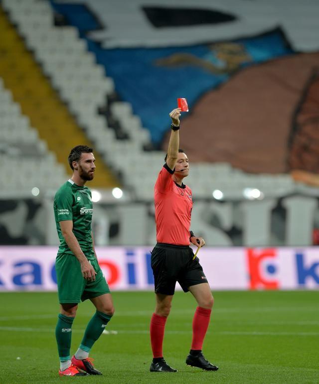 Beşiktaş Konyaspor'u 3-0 yendi!