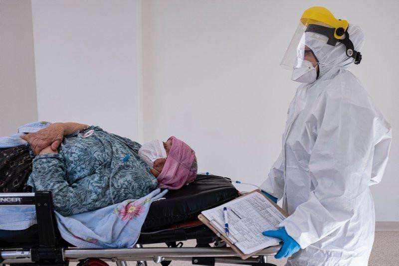 İstanbul'un yeni hastaneleri koronavirüs hastalarını kabul etmeye başladı