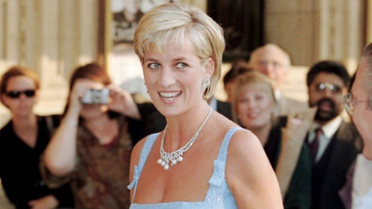 Lady Diana'yı Kraliyet mi öldürdü? Dünyayı sarsacak iddia... - Resim: 1
