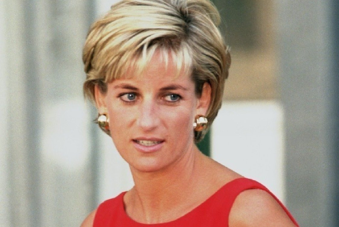 Lady Diana'yı Kraliyet mi öldürdü? Dünyayı sarsacak iddia... - Resim: 2