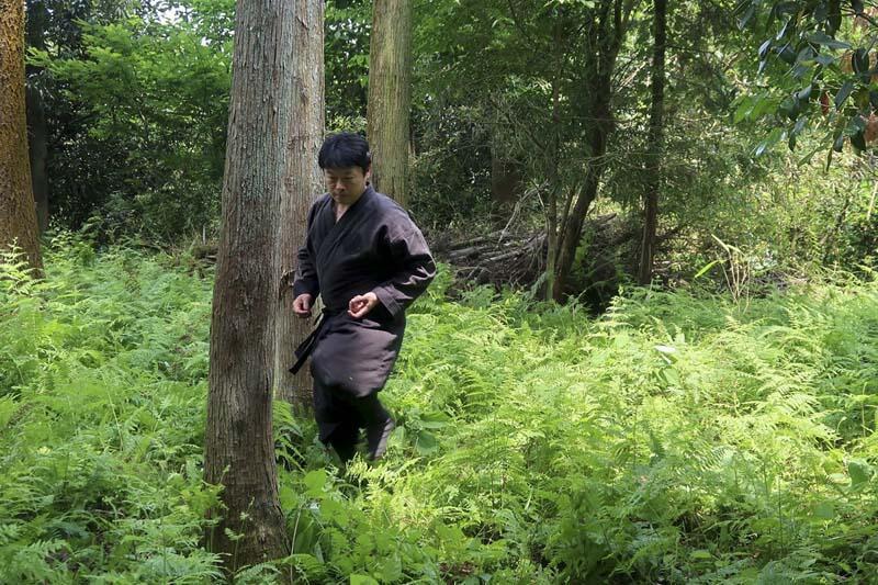 Dünyanın ilk diplomalı ninjası! Göreve başladı
