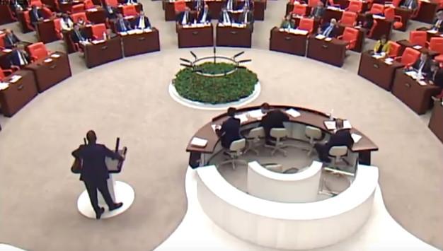 CHP'li vekil AK Partili milletvekillerini çıldırttı!