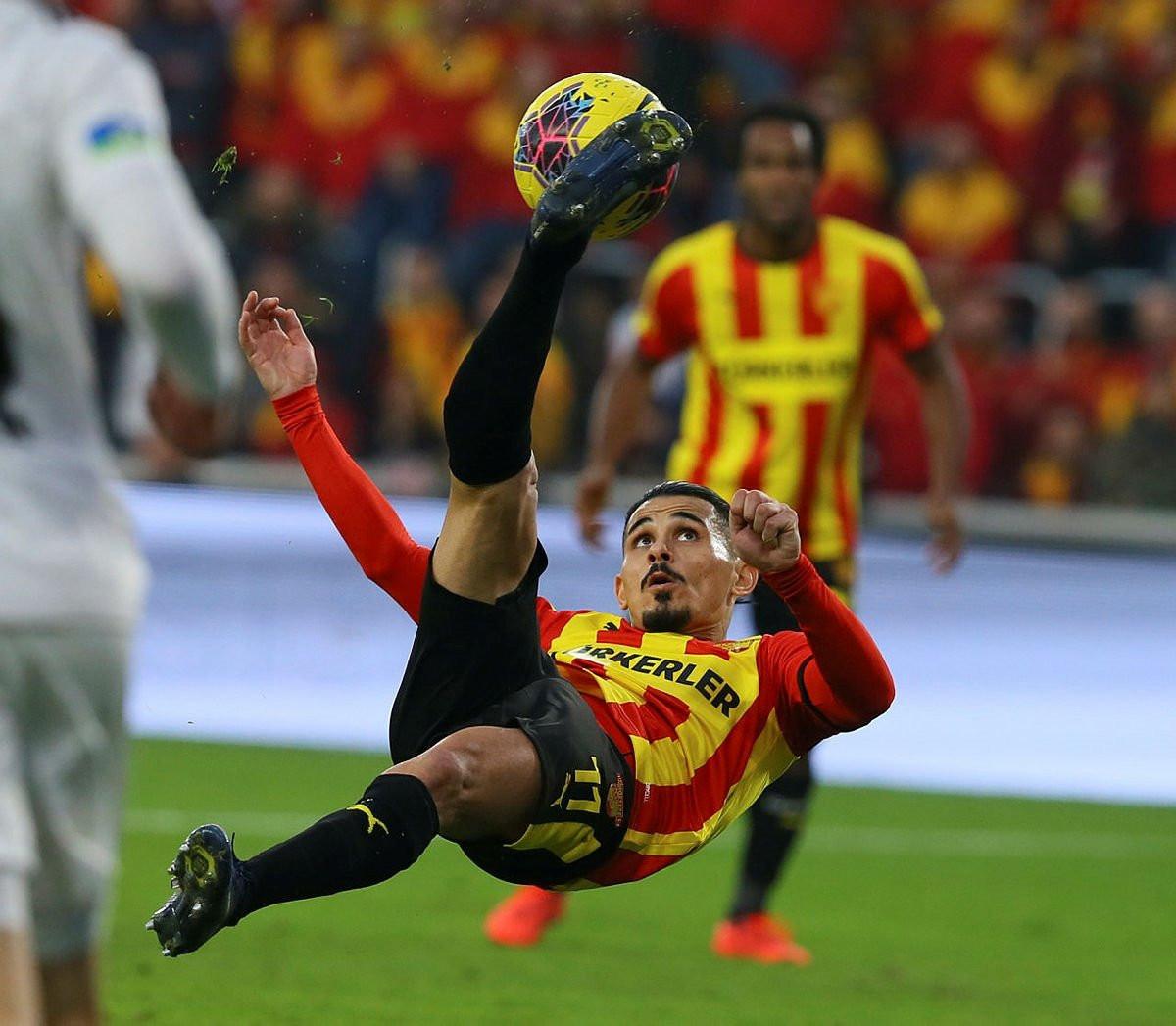 Beşiktaş milli yıldızı gözüne kestirdi! Sergen Yalçın...
