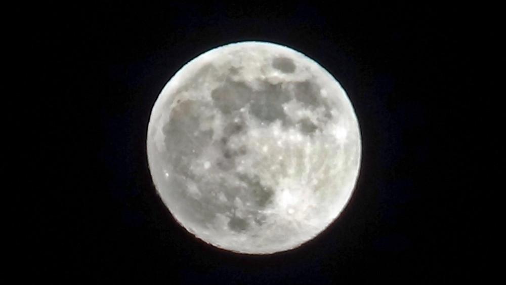 Hakkari'de ''Süper Ay'' görsel şölen yaşattı