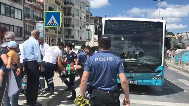 Yaya geçidinden geçen kadına halk otobüsü çarptı