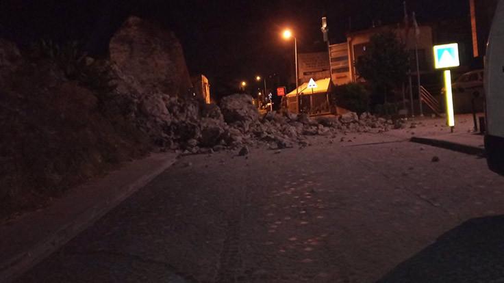 İstanbul surları çöktü!
