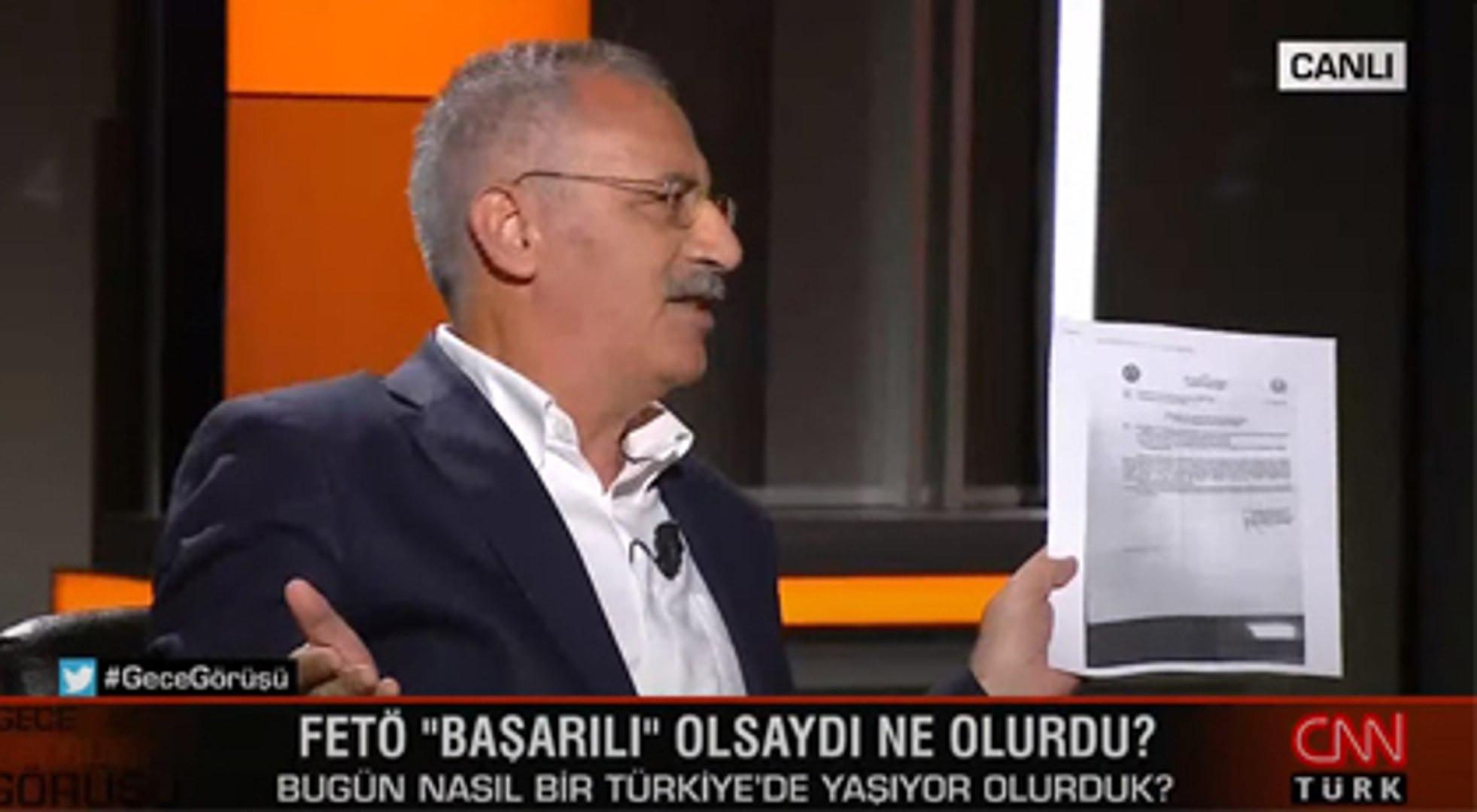 Hande Fırat şaşkınlığını gizleyemedi! CNN Türk'te ilginç anlar