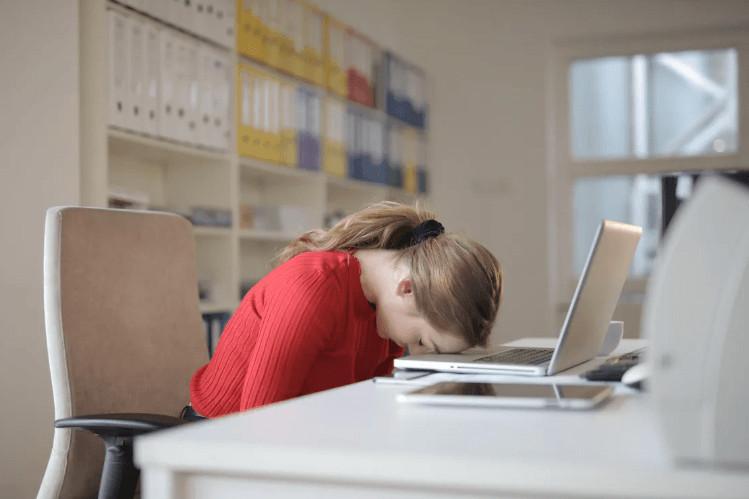 Yemekten sonra uykunuzun gelmesi o hastalığın belirtisi - Resim: 2