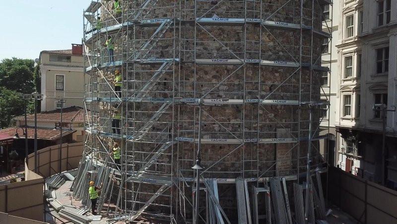 Galata Kulesi'nde restorasyon havadan görüntülendi
