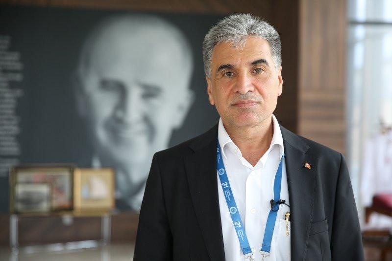 Prof. Dr. Murat Dilmener Acil Durum Hastanesi Kovid-19 yükünü omuzluyor! - Resim: 2