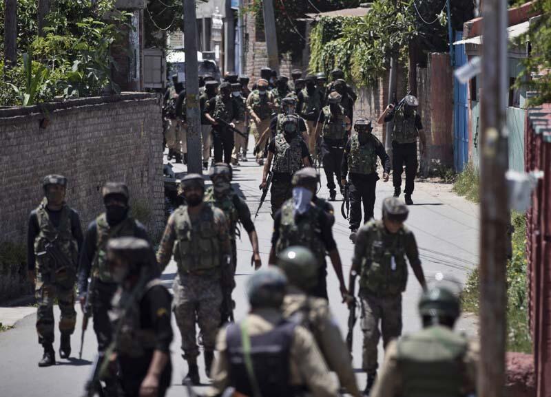 Hindistan Savunma Bakanlığı, 5,2 milyar dolarlık silah alımını onayladı!
