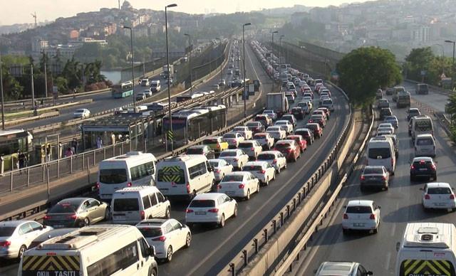 Haliç'te bakım var; İstanbul'da trafik durdu!