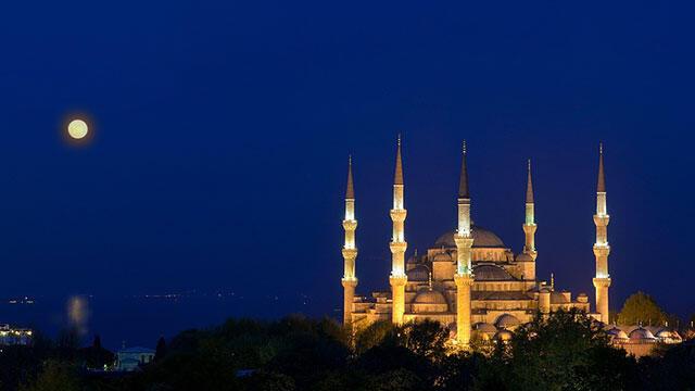 İstanbul'da 21 cami sabaha kadar açık olacak