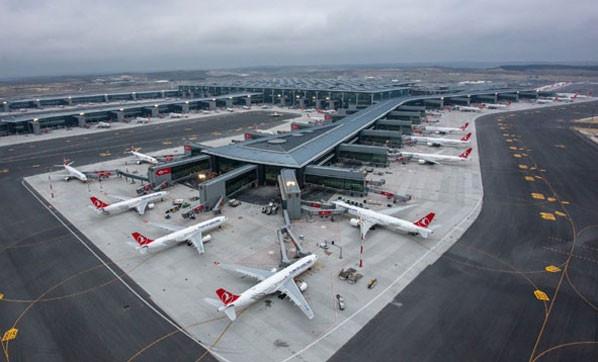 Koronavirüs nedeniyle 400 bin havayolu şirketi çalışanının işi tehlikede