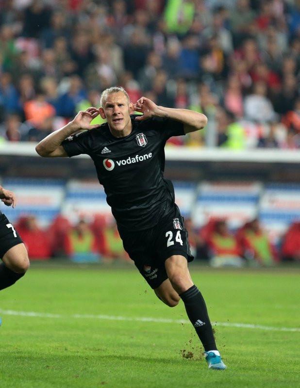 Avrupa devleri Beşiktaş'tan Vida'nın peşinde!