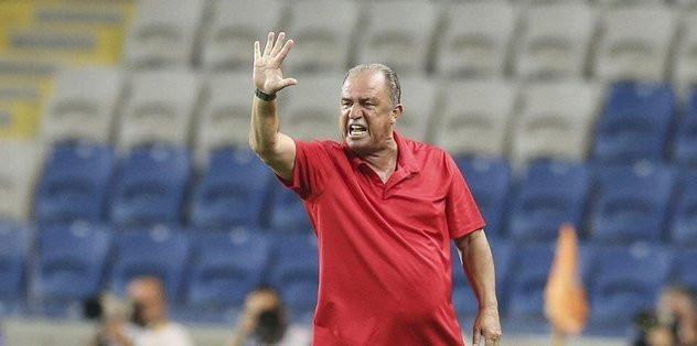 Galatasaray'ın yeni golcüsünü duyurdular!