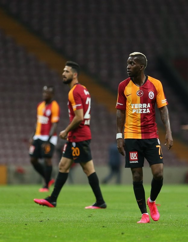 Galatasaray'da Onyekuru sonrası bir ayrılık daha! - Resim: 3